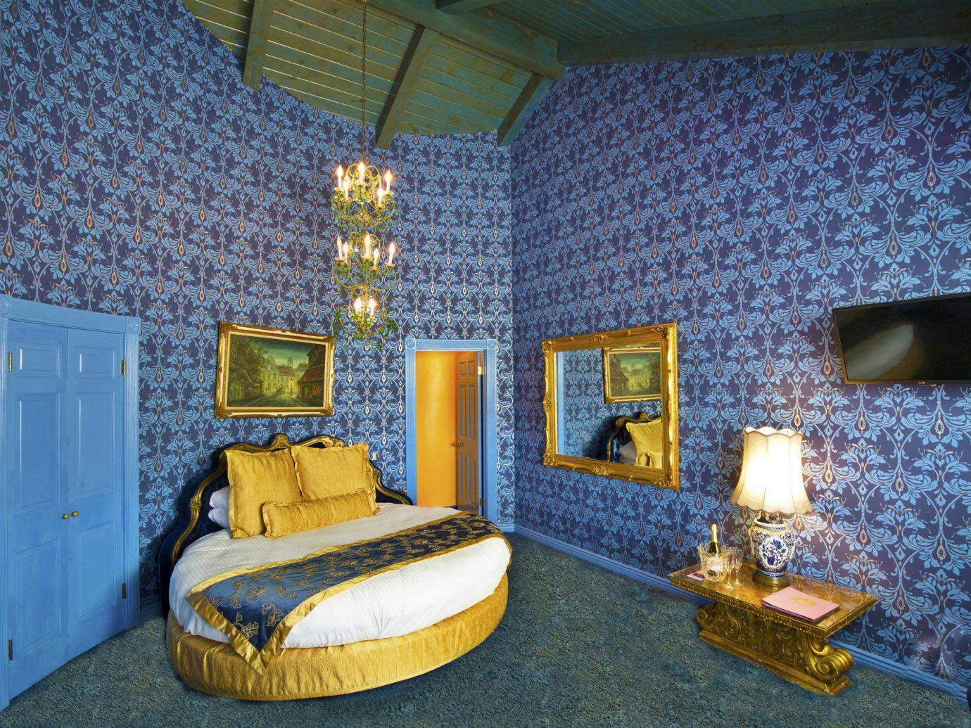 Style + Design indoor room property house estate Bedroom living room cottage home interior design mansion Suite Villa colored
