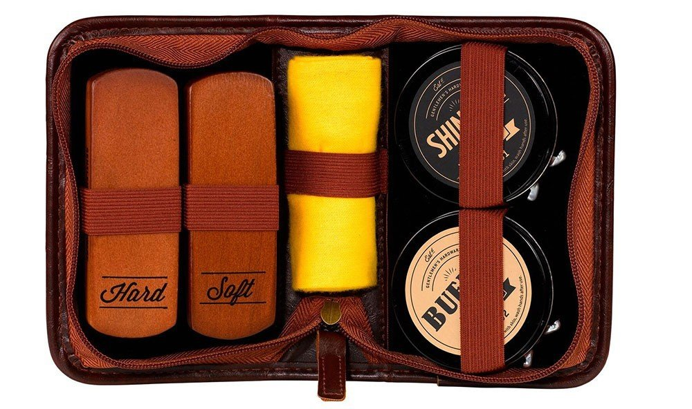 Jetsetter Guides indoor leather brand bag