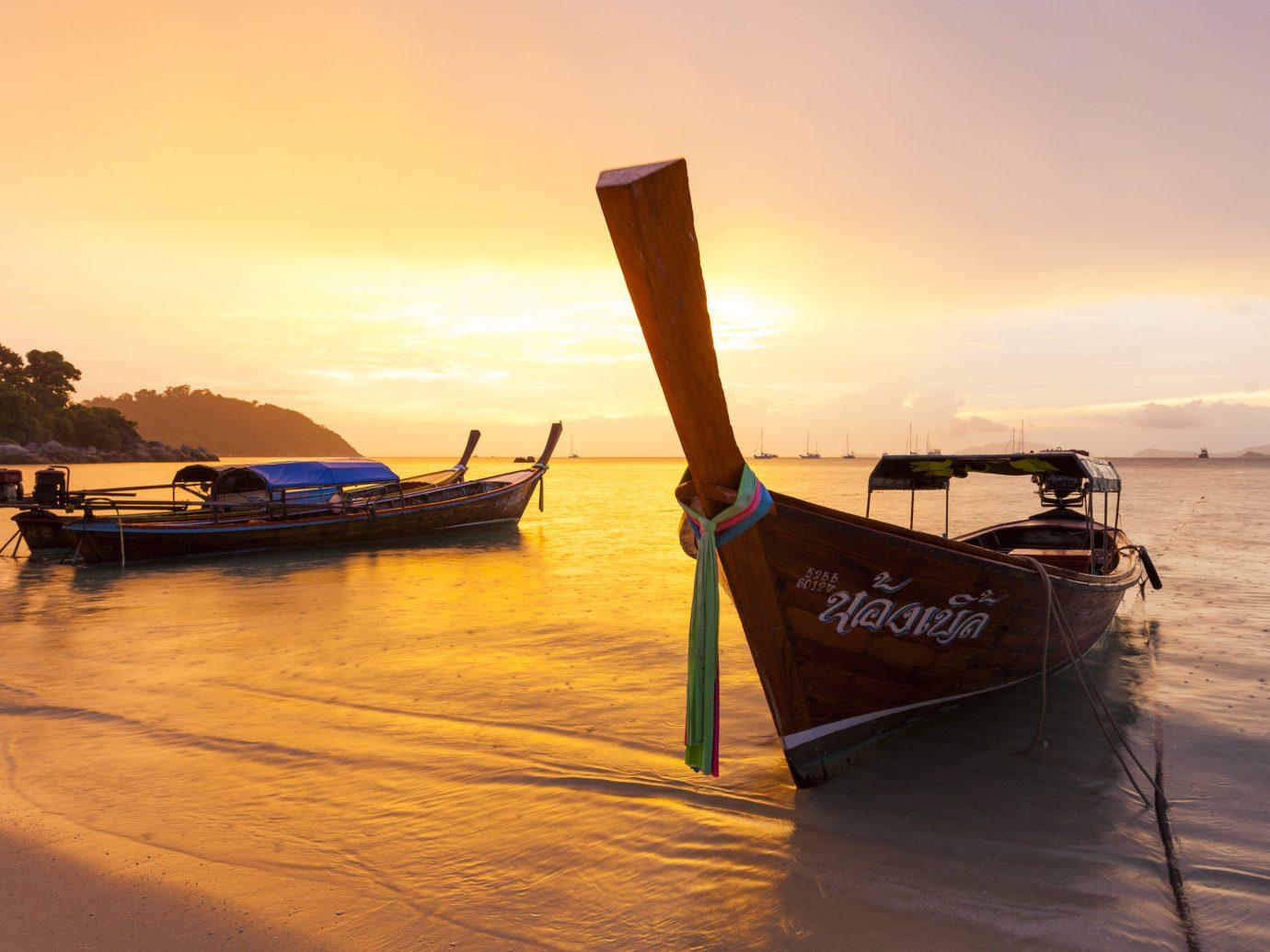 beautiful sandy beach at Sunset Beach, Koh Lipe