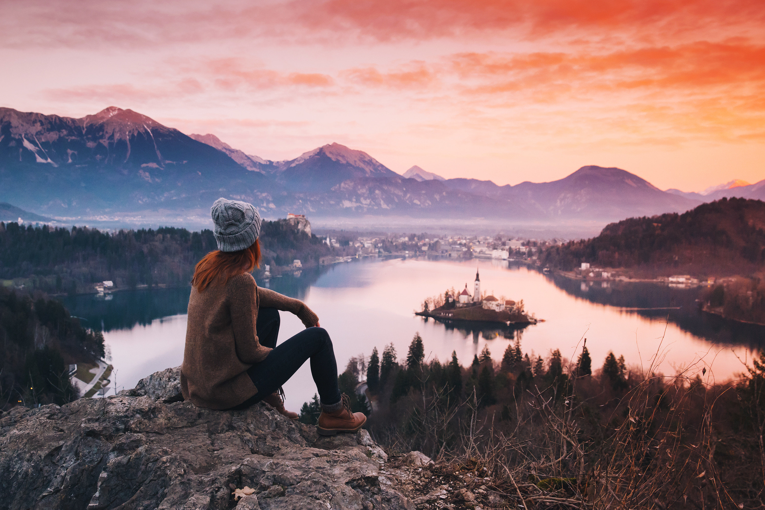 Style + Design outdoor mountain sky Nature reflection mountainous landforms wilderness man Lake person water photography mountain range morning tree cloud landscape loch canyon sunrise evening national park fell lake district mount scenery Winter rock glacial landform dawn alps fjord