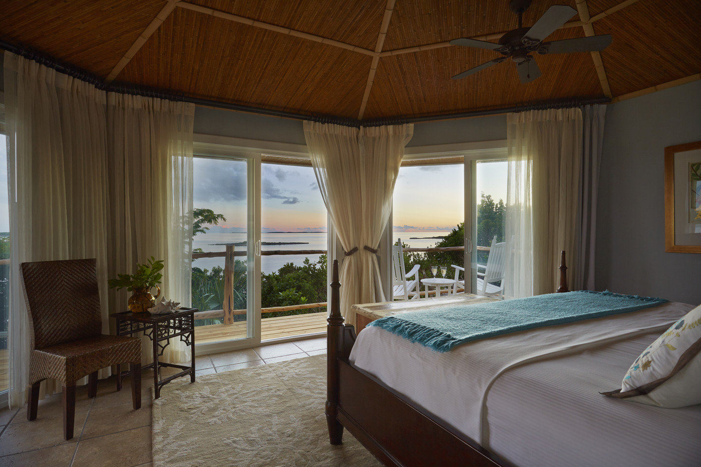 All-Inclusive Resorts Hotels Luxury Travel indoor bed floor room hotel Bedroom ceiling property window estate Resort interior design cottage home Suite real estate Villa furniture