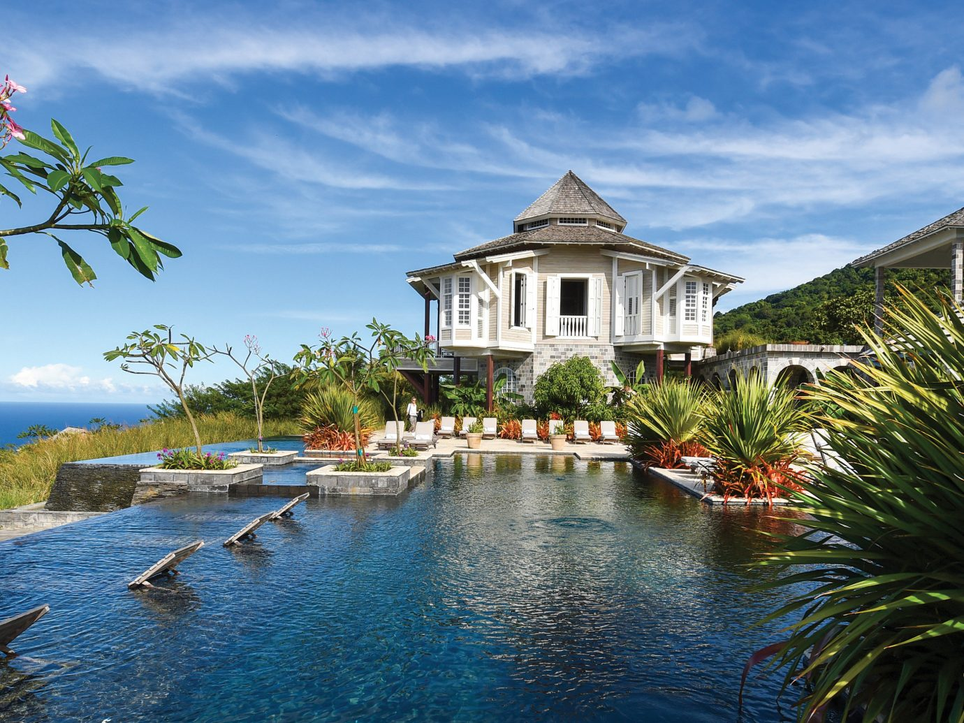 Trip Ideas water outdoor sky tree house Boat estate vacation Nature tourism Lake Resort Sea swimming pool surrounded pond Island