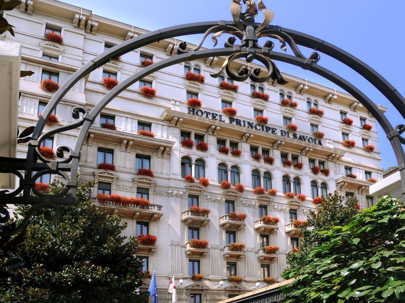 building Elegant entrance Exterior extravagant fancy gate Greenery Hotels Luxury Luxury Travel regal sophisticated outdoor landmark Town Architecture plaza arch tourism Downtown facade palace