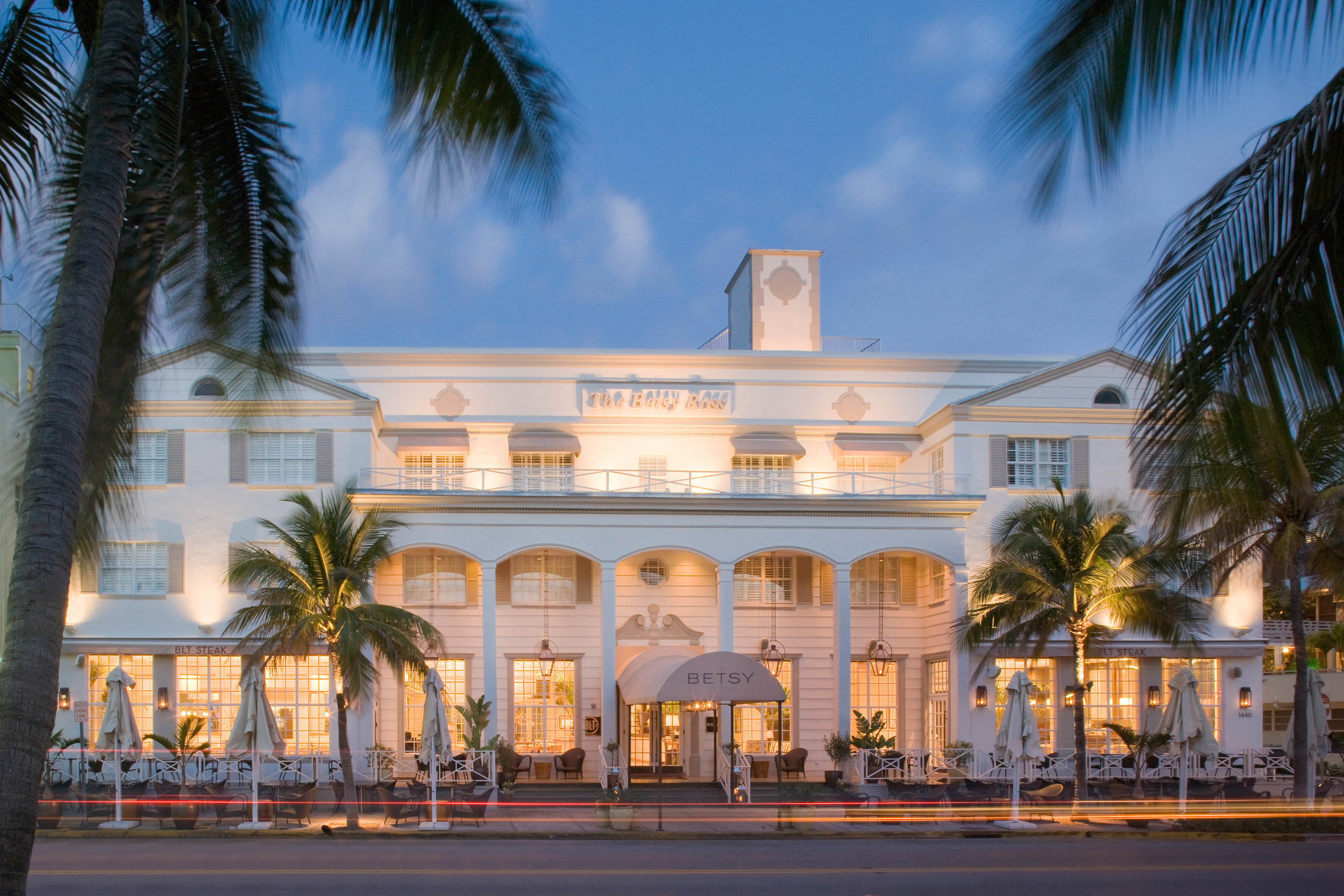 Architecture Buildings Exterior Food + Drink Girls Getaways Hotels Jetsetter Guides Resort shopping Style + Design Weekend Getaways outdoor tree sky road palm landmark building street house vacation estate plant palace Downtown plaza home facade arecales City