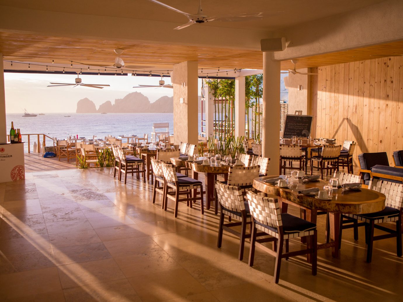 Cabo Restaurants You Need To Know - Table 9 restaurant