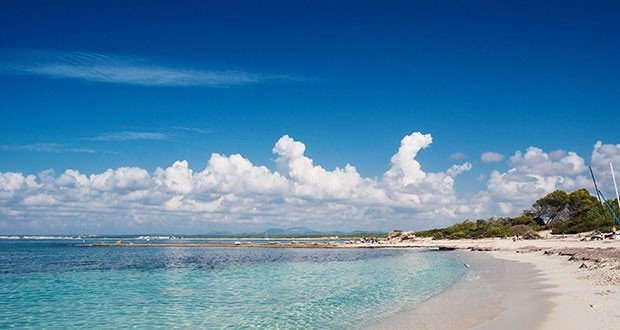 Offbeat sky water outdoor shore Beach Sea Nature body of water horizon Ocean cloud Coast vacation wind wave bay wave Lagoon caribbean sand cape day clouds Island