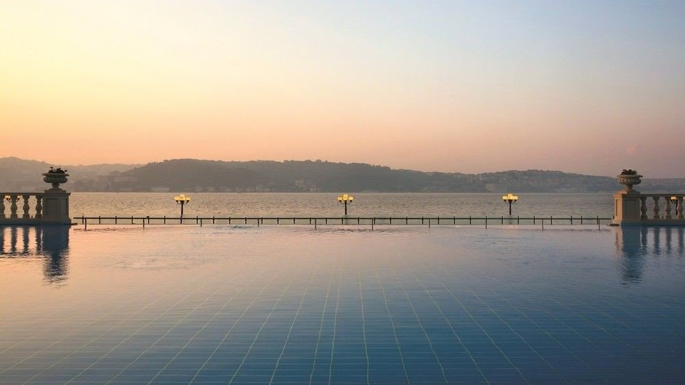 Infity Pool At Ciragan Palace Kempinski In Istanbul
