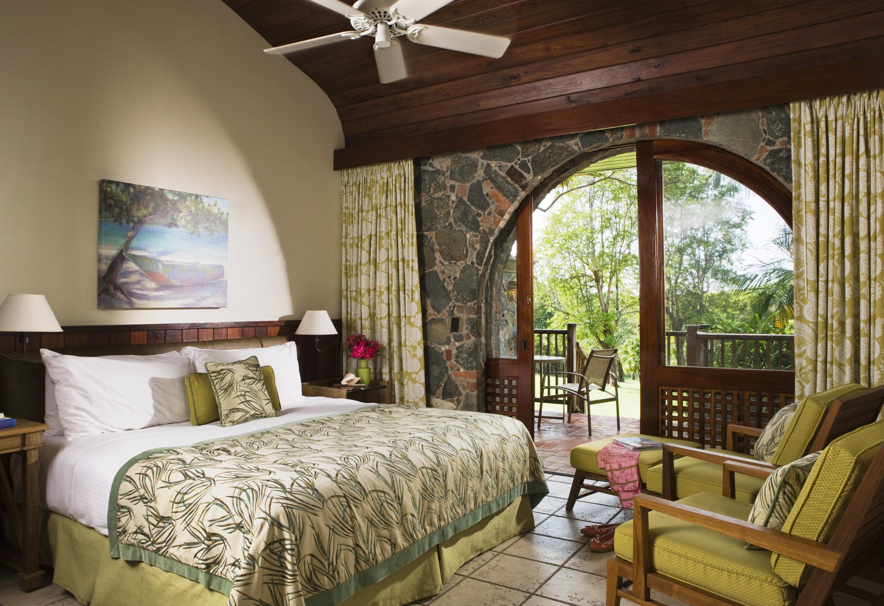 Tropical Bedroom | Tropical bedroom decor, Tropical ...