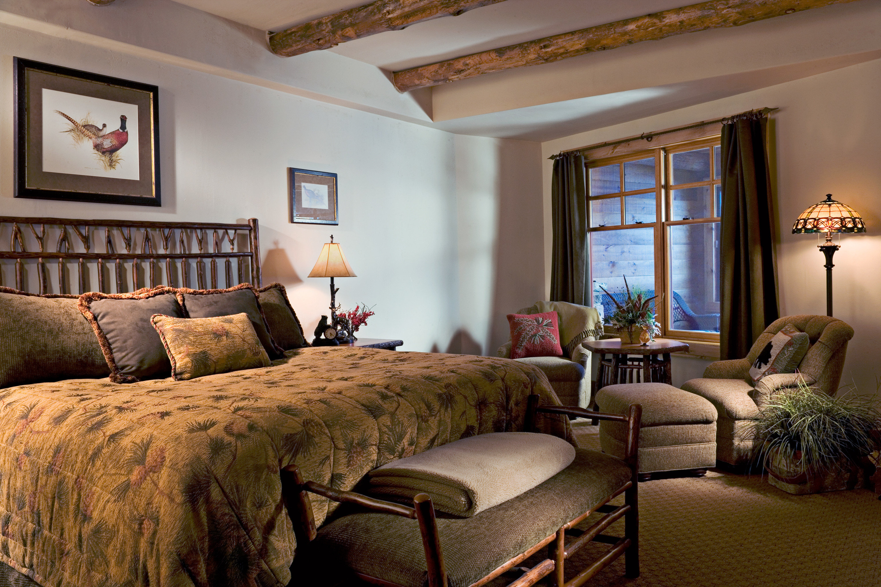 Bedroom Country Hotels Luxury New York Romantic Romantic Hotels Rustic Suite indoor wall sofa room floor ceiling window Living property estate living room home cottage interior design real estate hardwood decorated furniture farmhouse Villa