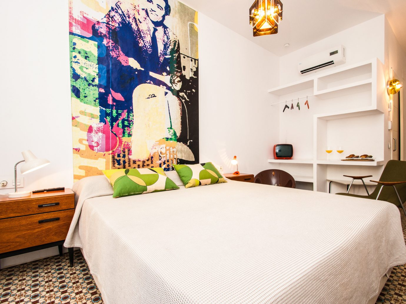 Office Guest Room Ideas That Give You More Bang For Your Us Buck: Where To Stay In Barcelona And Madrid For Under $250