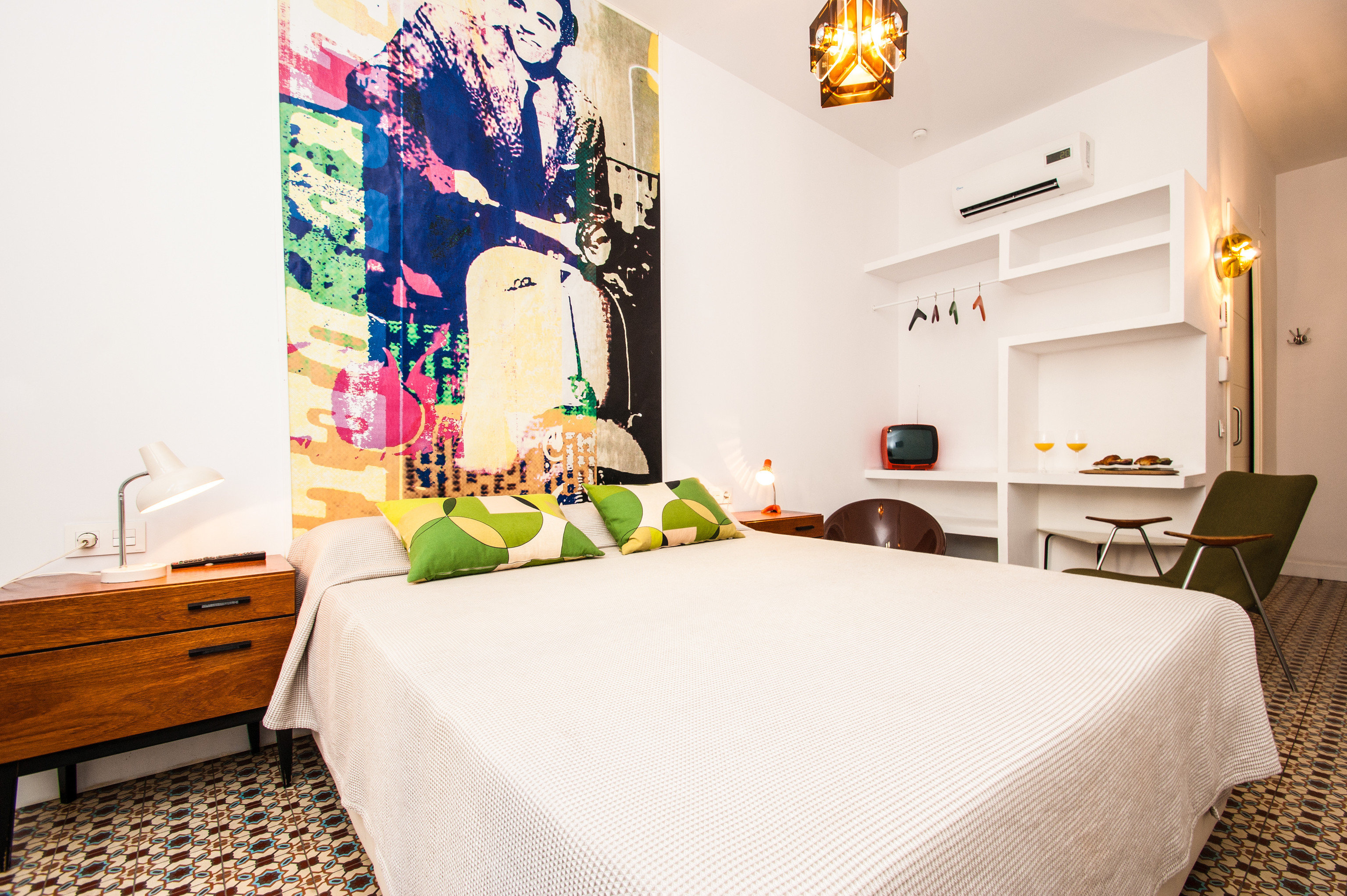 Hotels indoor wall bed room property Bedroom interior design home bed sheet Suite furniture living room cottage decorated