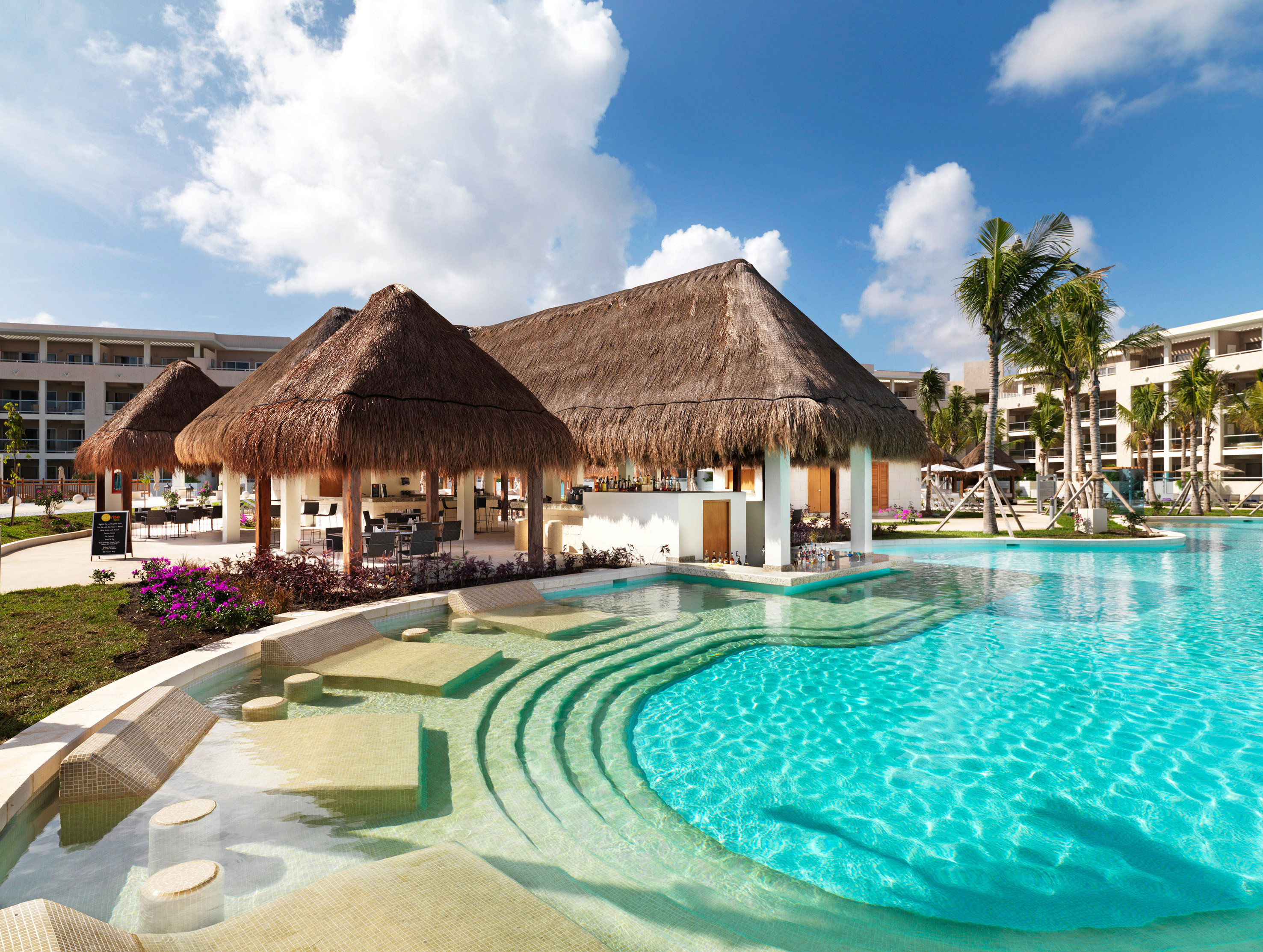 All-Inclusive Resorts Family Travel Hotels sky outdoor swimming pool Pool property Resort leisure estate vacation Villa real estate home swimming several day