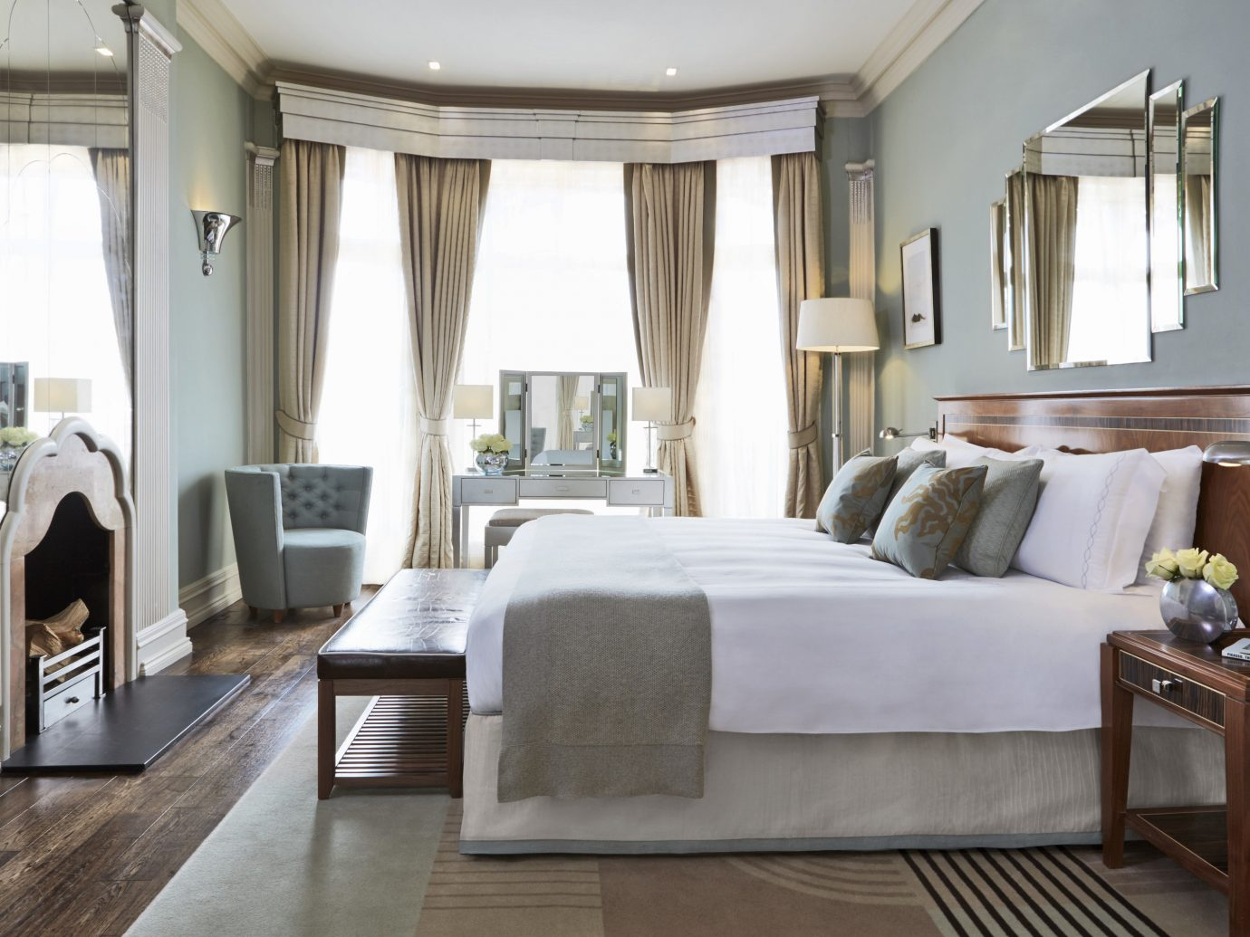 Boutique Hotels London Romantic Hotels indoor floor window room wall sofa Living property living room estate home interior design Suite furniture mansion real estate hotel condominium Bedroom Design window covering Villa Modern wood
