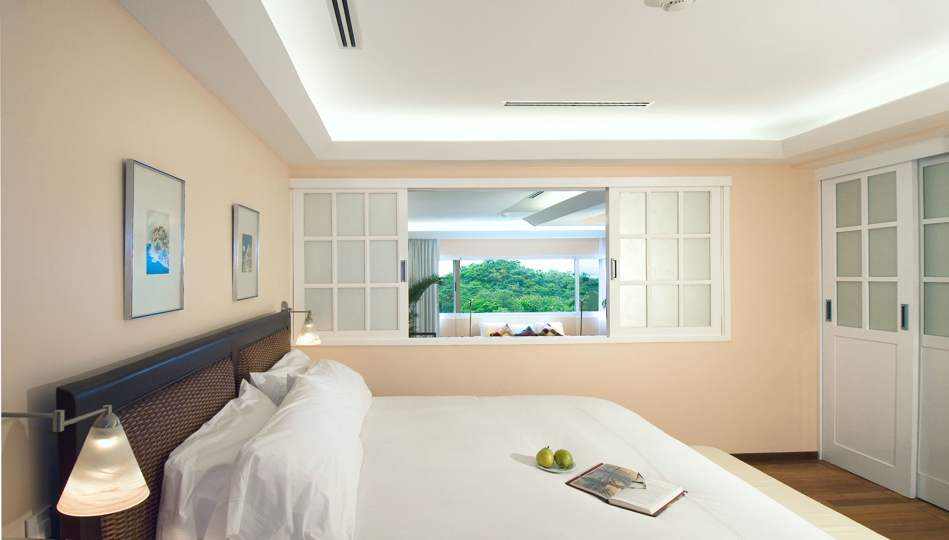 Bedroom Elegant Hotels Jungle Scenic views indoor wall window ceiling room floor property bed home interior design real estate cottage living room white estate apartment clean furniture