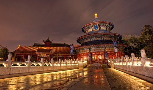 Jetsetter Guides track landmark outdoor building night evening temple place of worship plaza shrine palace long traveling railroad