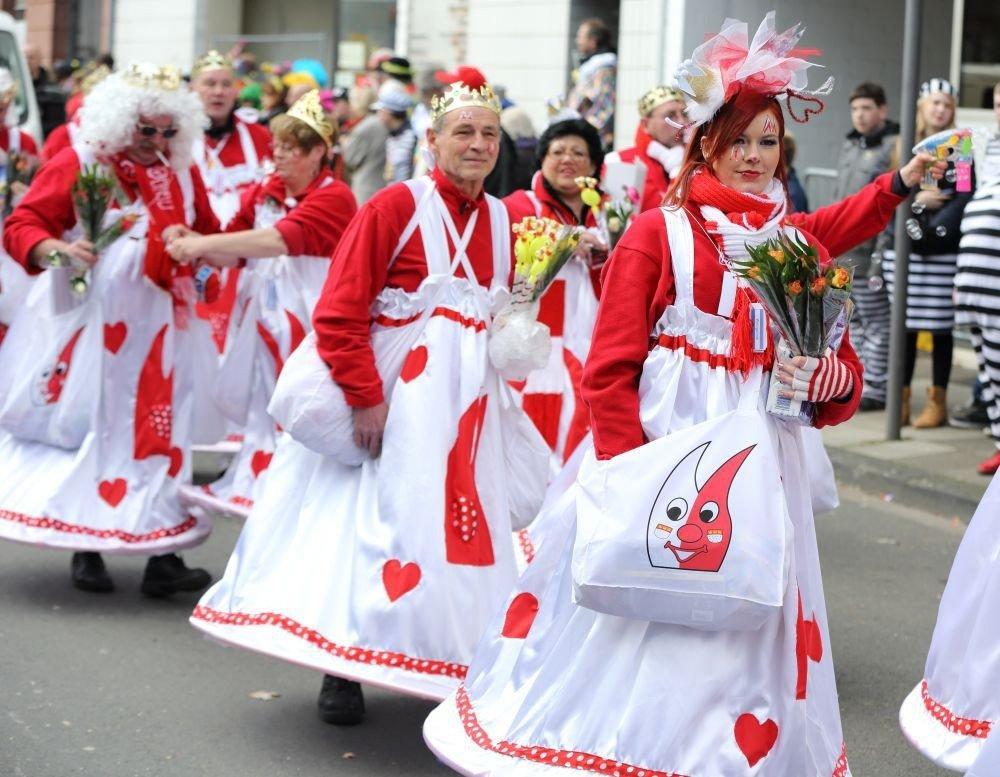 Trip Ideas Sport person dancer outdoor folk dance event festival carnival dance dressed