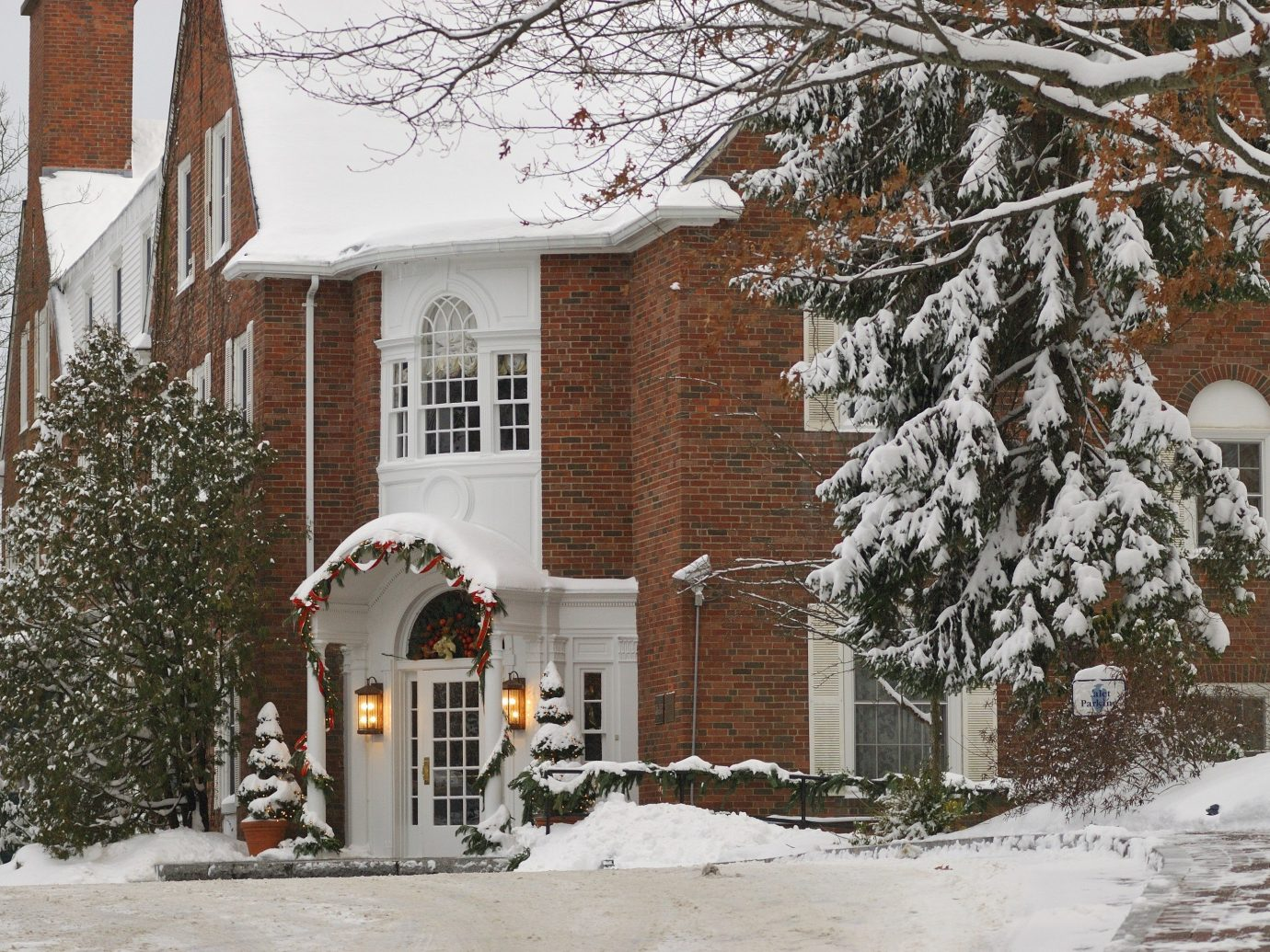 Health + Wellness Spa Retreats Trip Ideas snow outdoor tree building house Winter weather covered home season neighbourhood winter storm blizzard residential area residential
