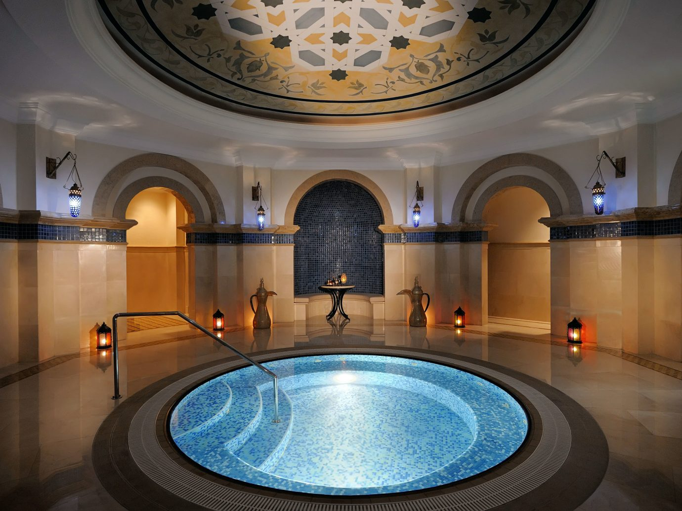 Dubai Elegant Hot tub Hot tub/Jacuzzi Hotels Lounge Luxury Luxury Travel Middle East Modern Patio Resort Terrace indoor wall swimming pool estate mansion Lobby ballroom
