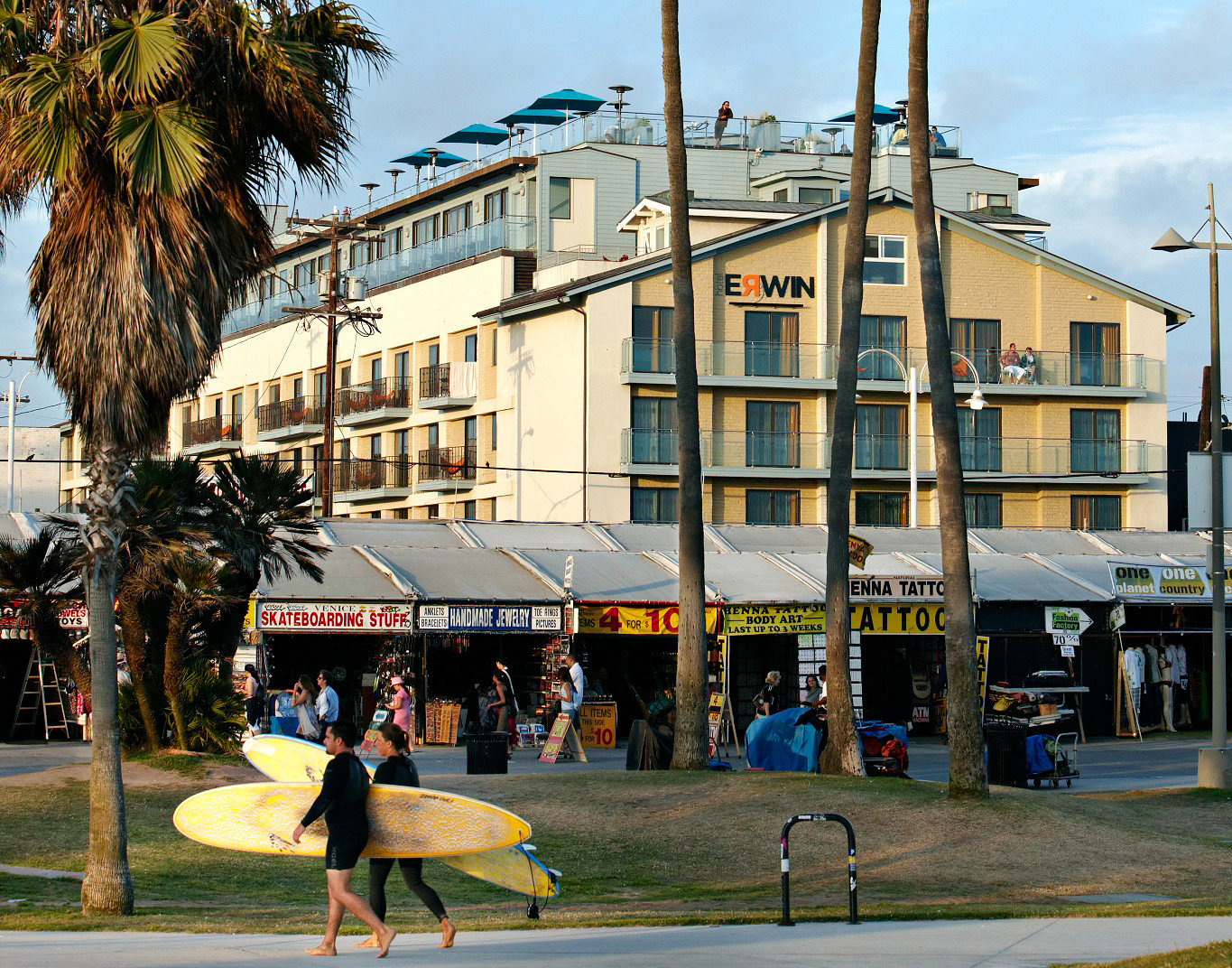 Beach Hotels Nature Outdoor Activities Outdoors Town outdoor building sky neighbourhood City road urban area plaza residential area street human settlement Downtown vacation shopping mall sport venue tourism town square infrastructure pedestrian cityscape