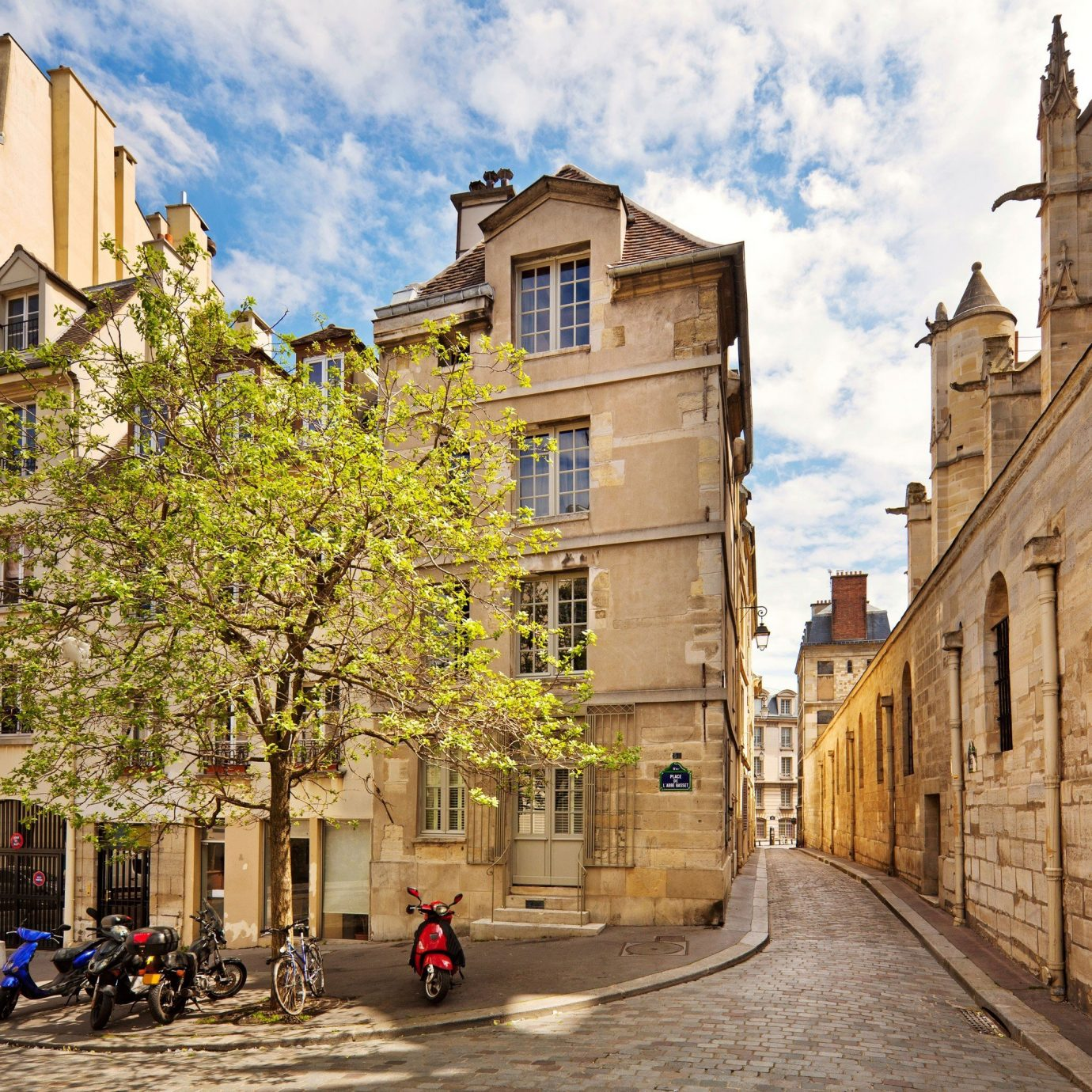 Street of 16th Arrondissement in Paris