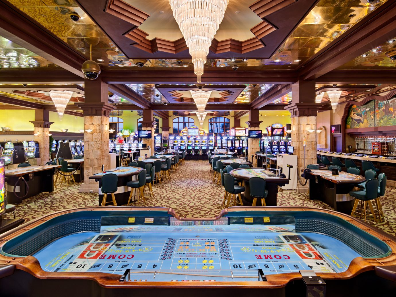 Aruba Beachfront caribbean Casino Classic Hotels Play Resort Tropical indoor ceiling recreation room building billiard room games several