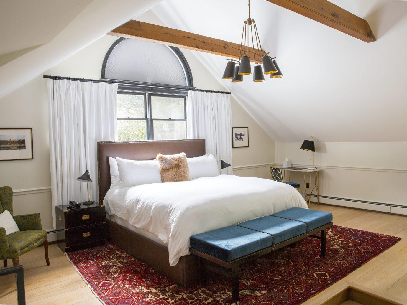 Hotels indoor wall floor bed room property Bedroom cottage interior design living room home estate furniture real estate Villa Suite bed frame farmhouse apartment