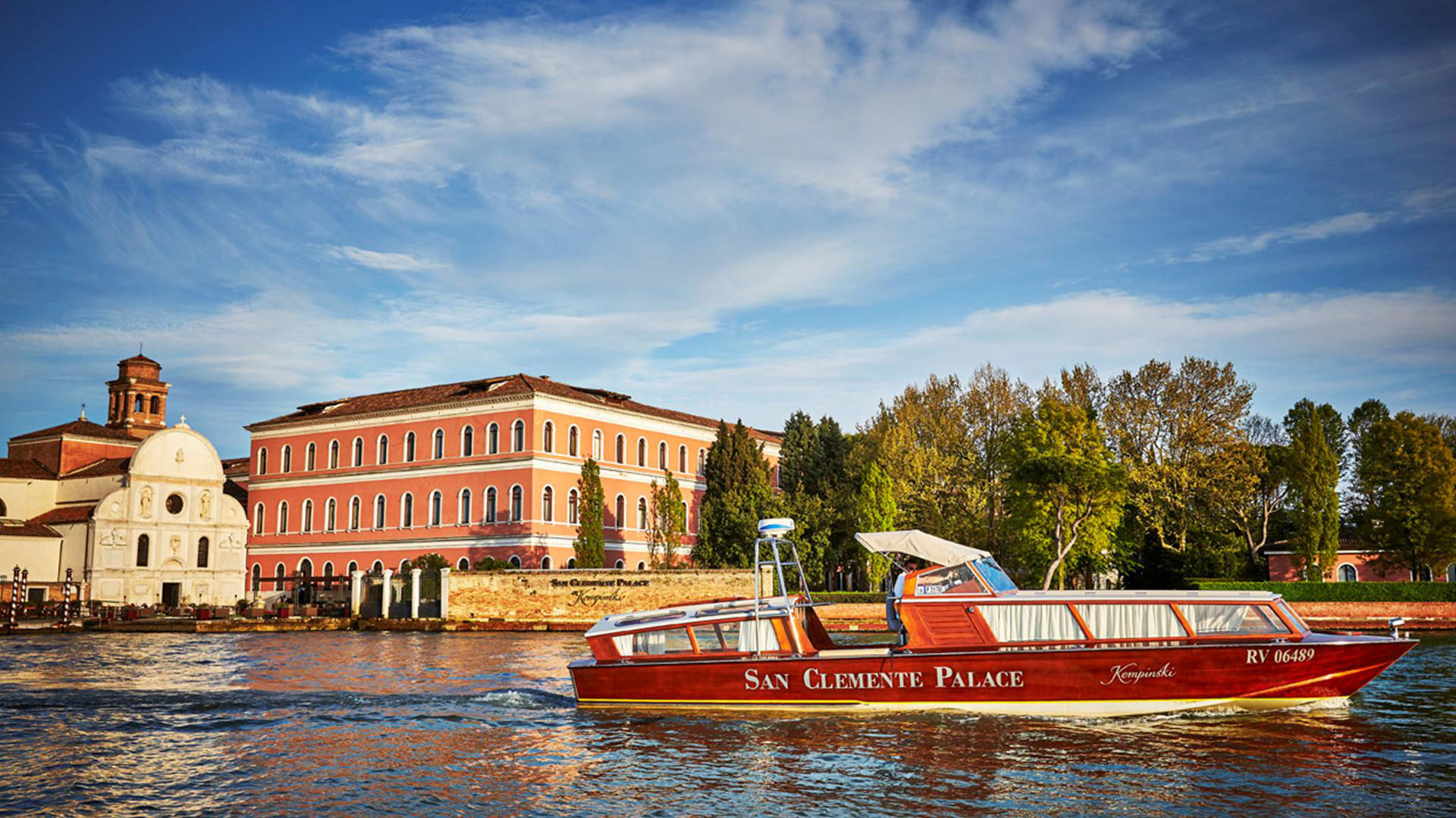 Hotels Italy Luxury Travel Venice outdoor sky water Boat vehicle River waterway vacation Canal Sea evening boating reflection traveling
