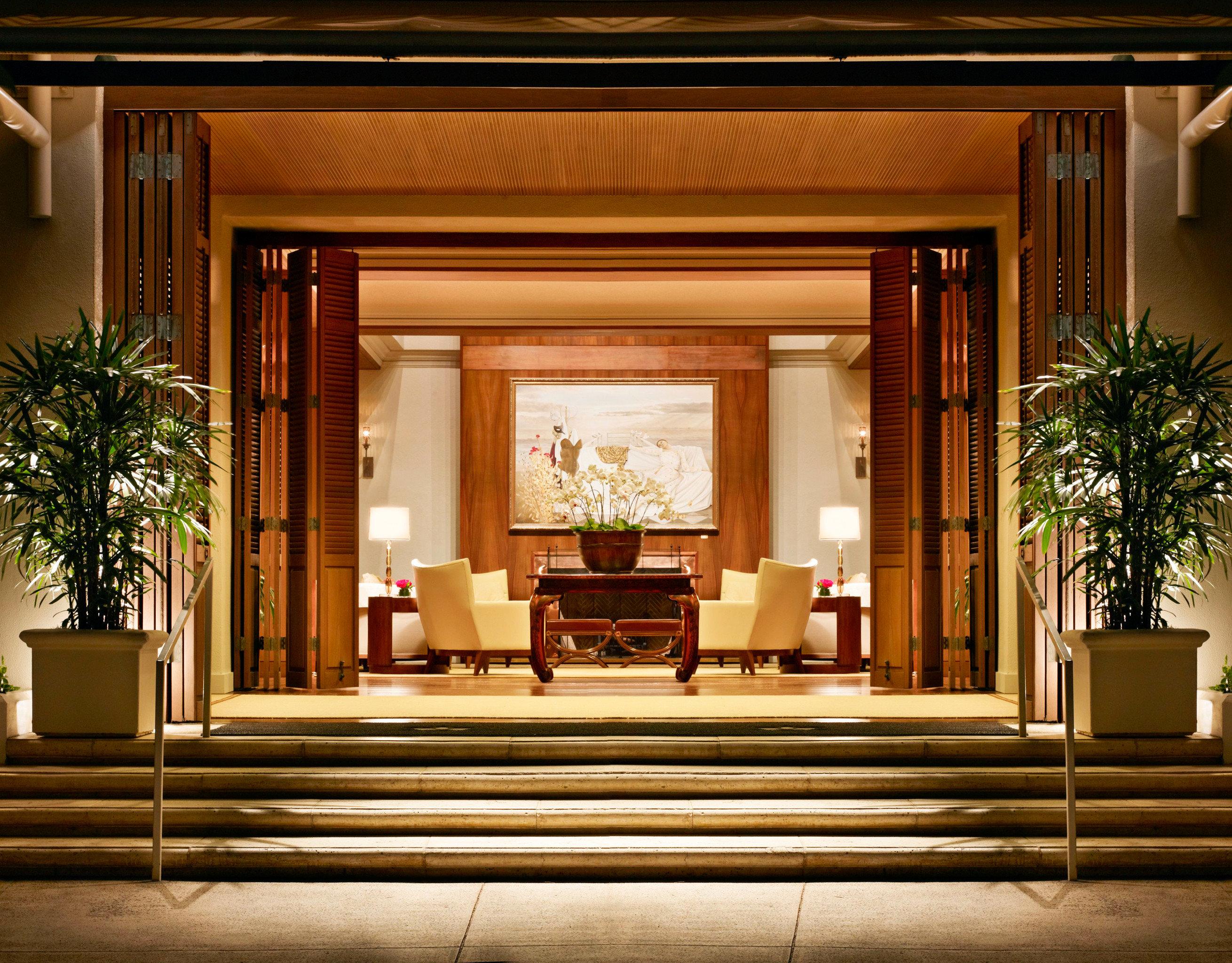Boutique Hotels Design Hawaii Honolulu Hotels Lounge Luxury Resort indoor Lobby window home Architecture interior design estate lighting living room hall mansion furniture