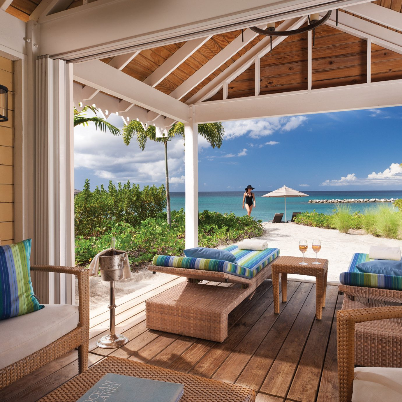 Hip Hotels Living Lounge Luxury Scenic views Trip Ideas indoor property room window swimming pool estate Villa real estate cottage vacation home Resort backyard interior design outdoor structure living room farmhouse porch furniture area overlooking