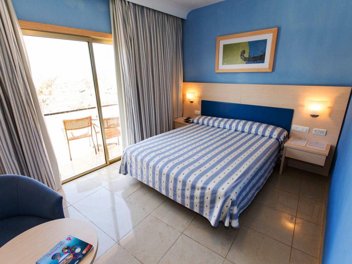 All-Inclusive Resorts Hotels indoor floor room property Bedroom Suite cottage real estate estate apartment Villa furniture