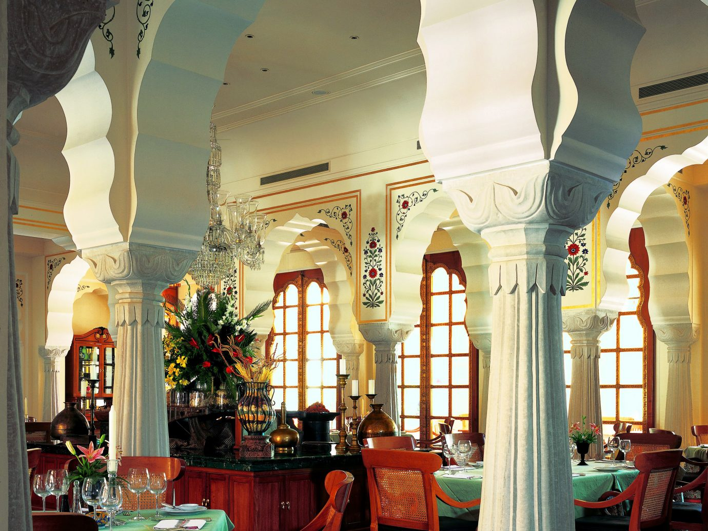 Dining Drink Eat Hotels Luxury Luxury Travel room indoor Lobby building Living Architecture interior design restaurant estate retail shopping mall furniture palace arch decorated several colonnade