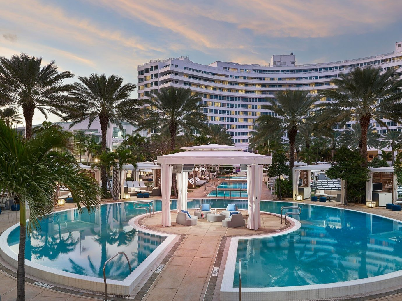 City Hotels Luxury Miami Beach Outdoor Resort Building Swimming Pool Property Palm Tree Water
