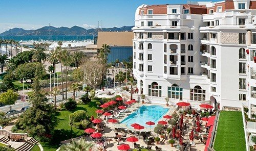 Hotels outdoor property Town Resort condominium residential area neighbourhood plaza marina estate apartment apartment building