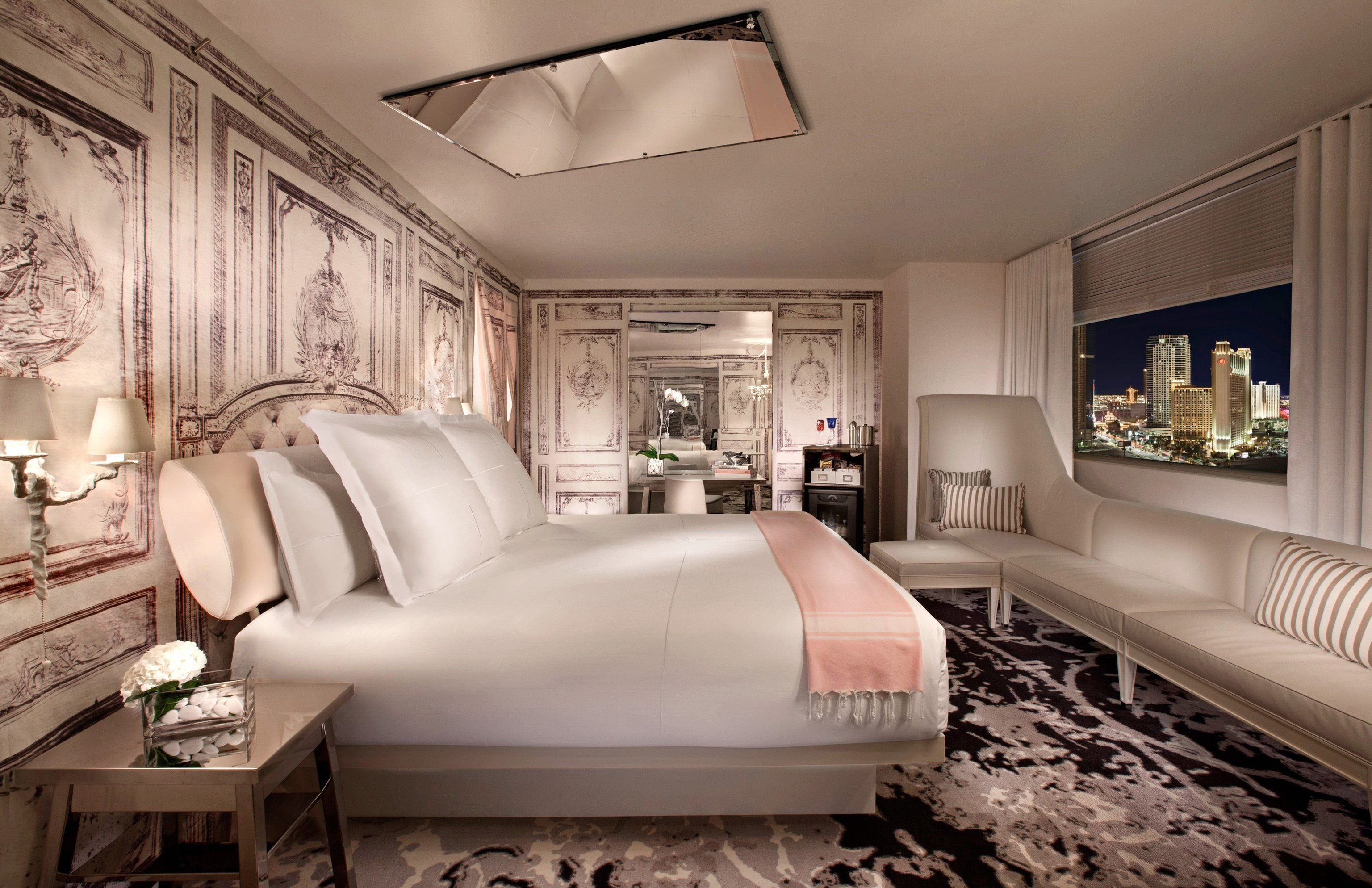 hotels with mirrors on the ceiling in miami - pranksenders