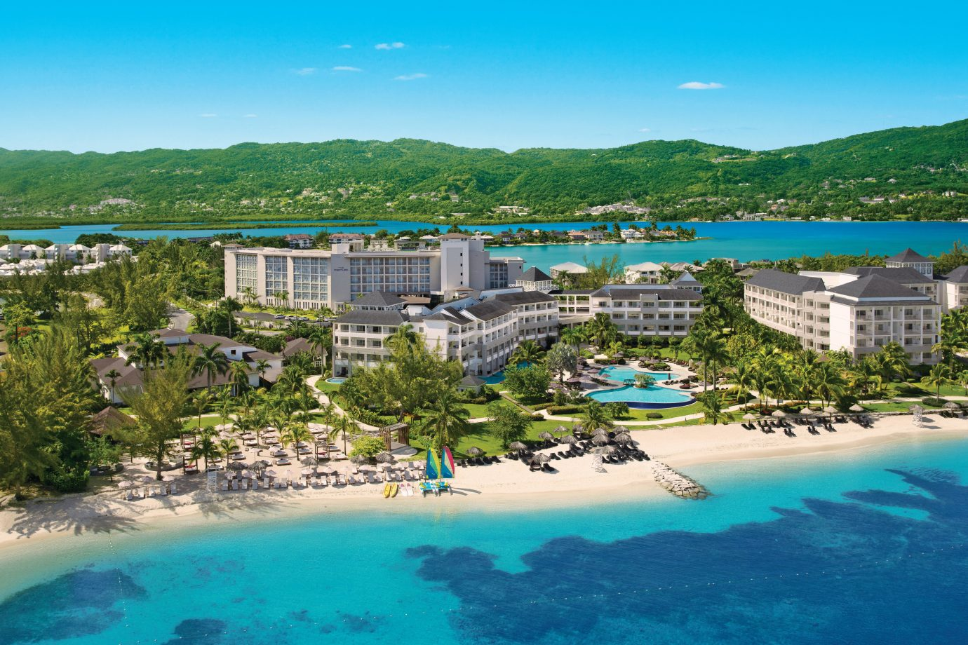 7 Best AllInclusive Caribbean Resorts for Singles