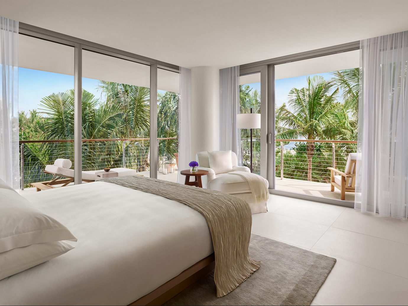 Bedroom in The Miami Beach EDITION - Miami Hotel