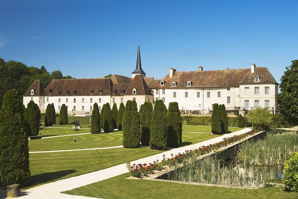 grass sky building château stately home park monastery castle palace abbey manor house lush