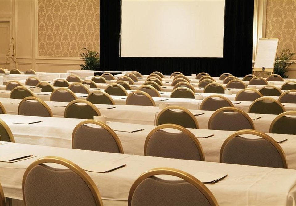 auditorium conference hall function hall meeting banquet academic conference convention ballroom conference room