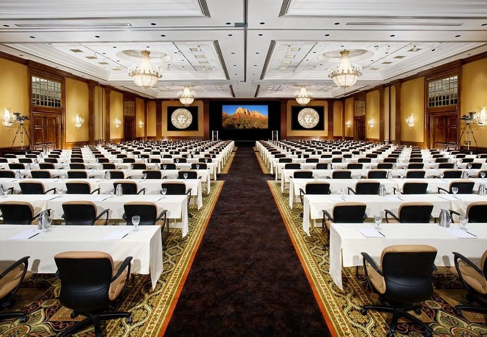 auditorium function hall conference hall convention meeting convention center ballroom academic conference banquet conference room