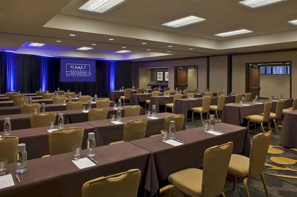 function hall conference hall scene meeting convention center convention auditorium restaurant ballroom academic conference conference room