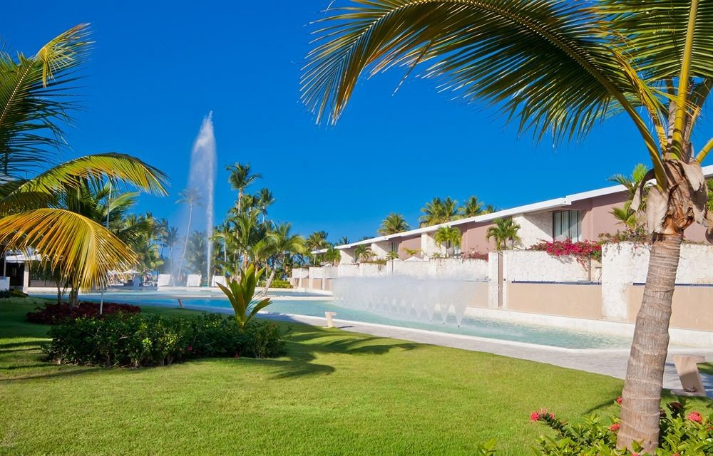 Adult-only All-inclusive Beach Beachfront Lounge Ocean Pool tree grass palm leisure property Resort swimming pool caribbean arecales palm family Villa lawn hacienda plant