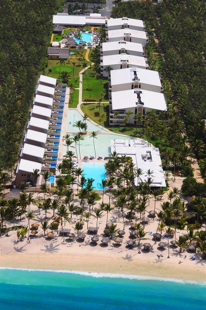 Adult-only All-inclusive Beach Beachfront Ocean Pool tree Resort Water park marina Sea dock
