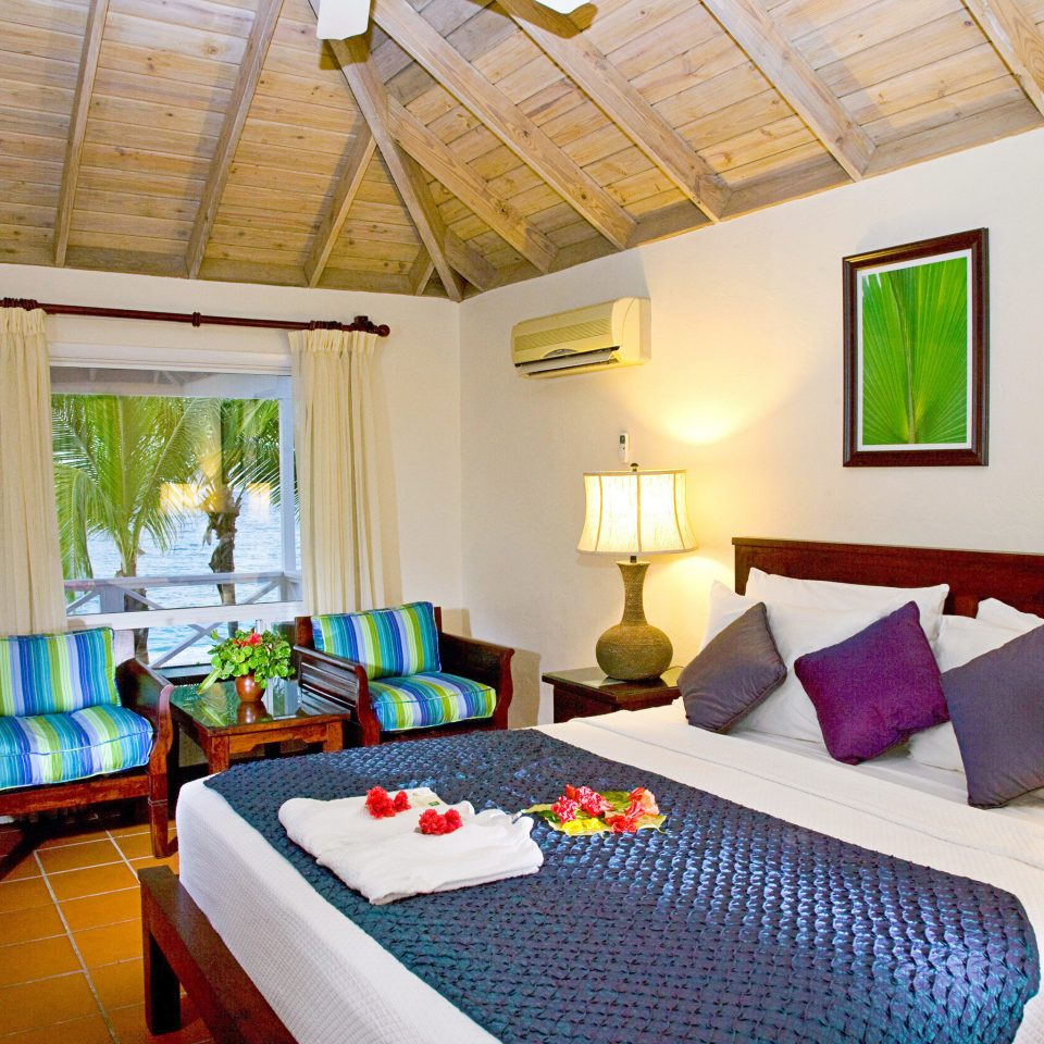Adult-only All-inclusive Beachfront Bedroom Luxury Resort property Suite cottage Villa living room colorful