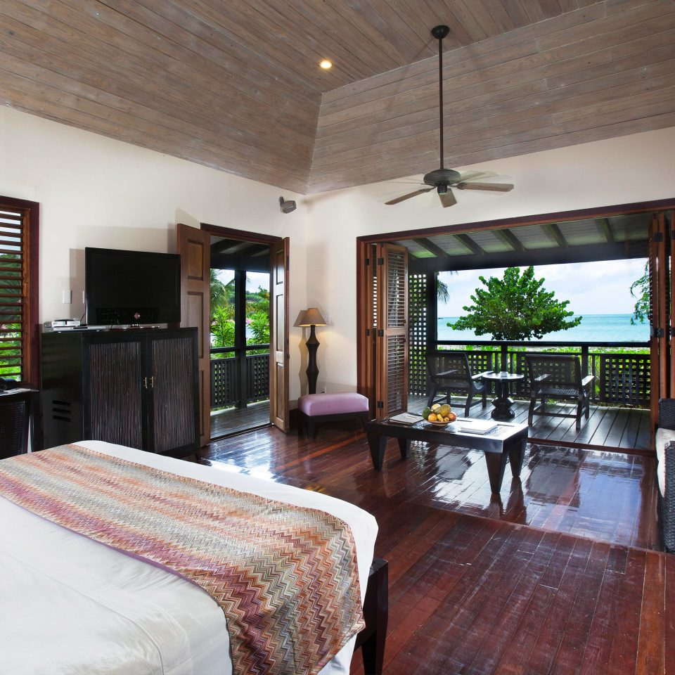 Adult-only All-inclusive Beachfront Bedroom Eco Hotels Luxury Romance Romantic property house home Resort Villa cottage living room farmhouse