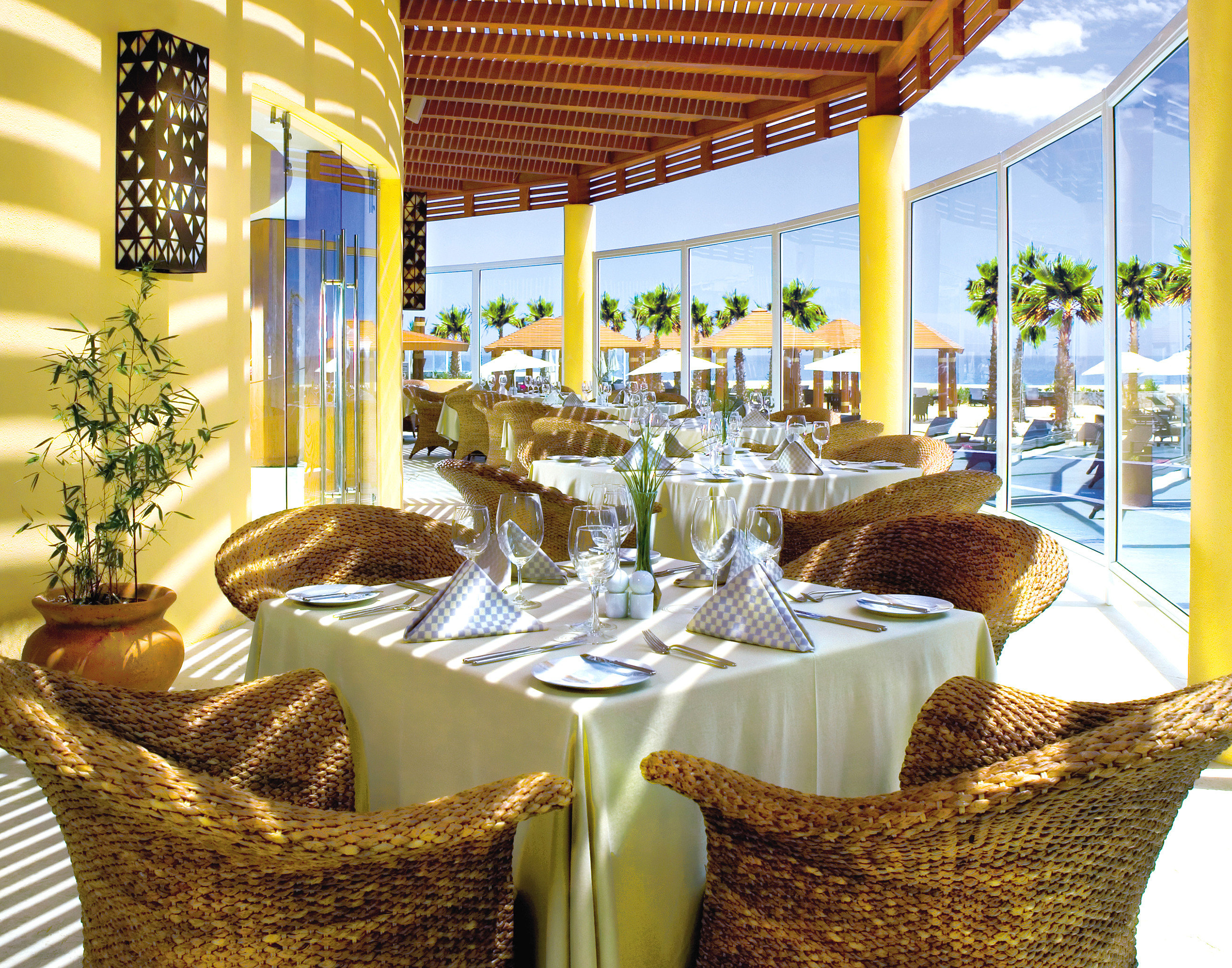 Adult-only All-inclusive Dining Drink Eat Honeymoon Hotels Romance Romantic Tropical Waterfront restaurant home function hall Resort dining table