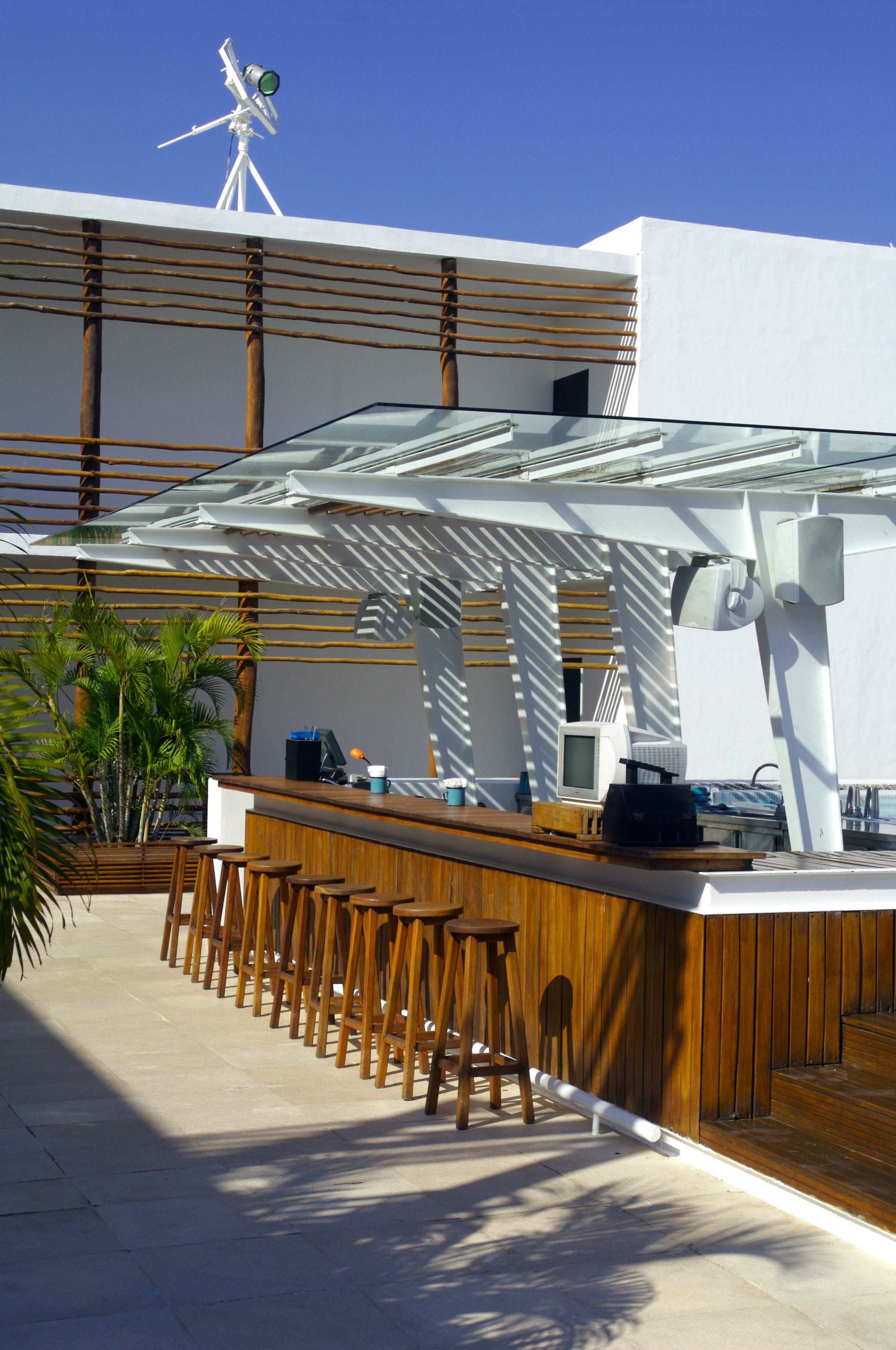 Adult-only Bar Exterior Modern structure Architecture house walkway dock Resort boardwalk outdoor structure