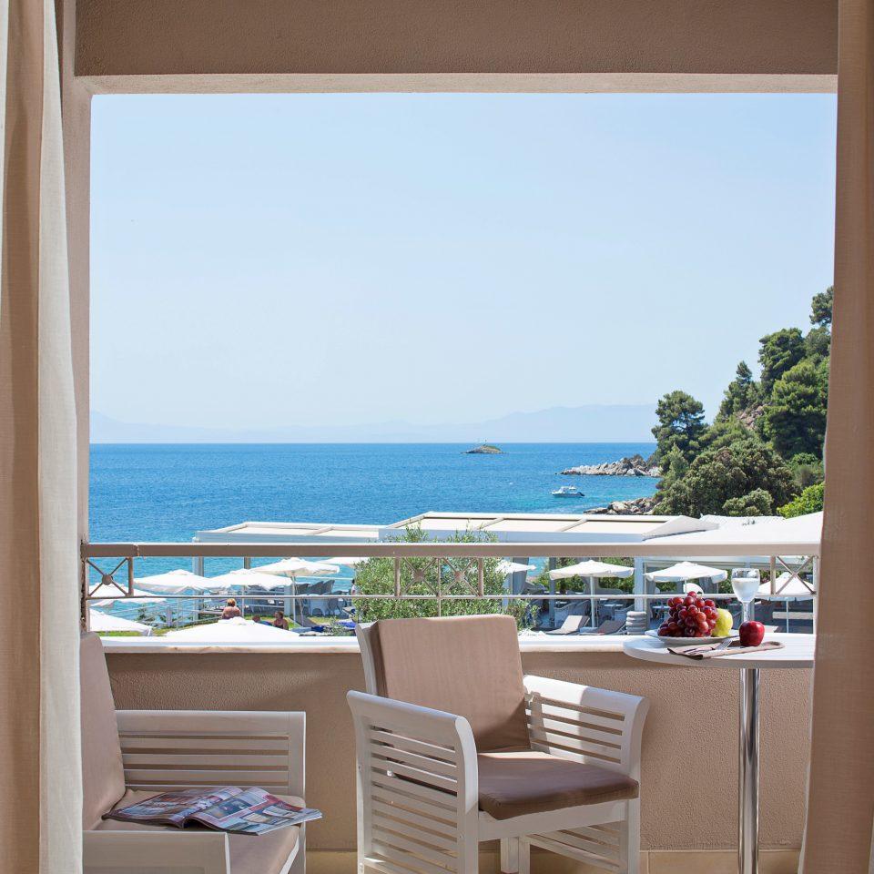 Adult-only Balcony Bedroom Classic Honeymoon Romance Romantic Scenic views Waterfront property home house Resort cottage caribbean condominium Villa