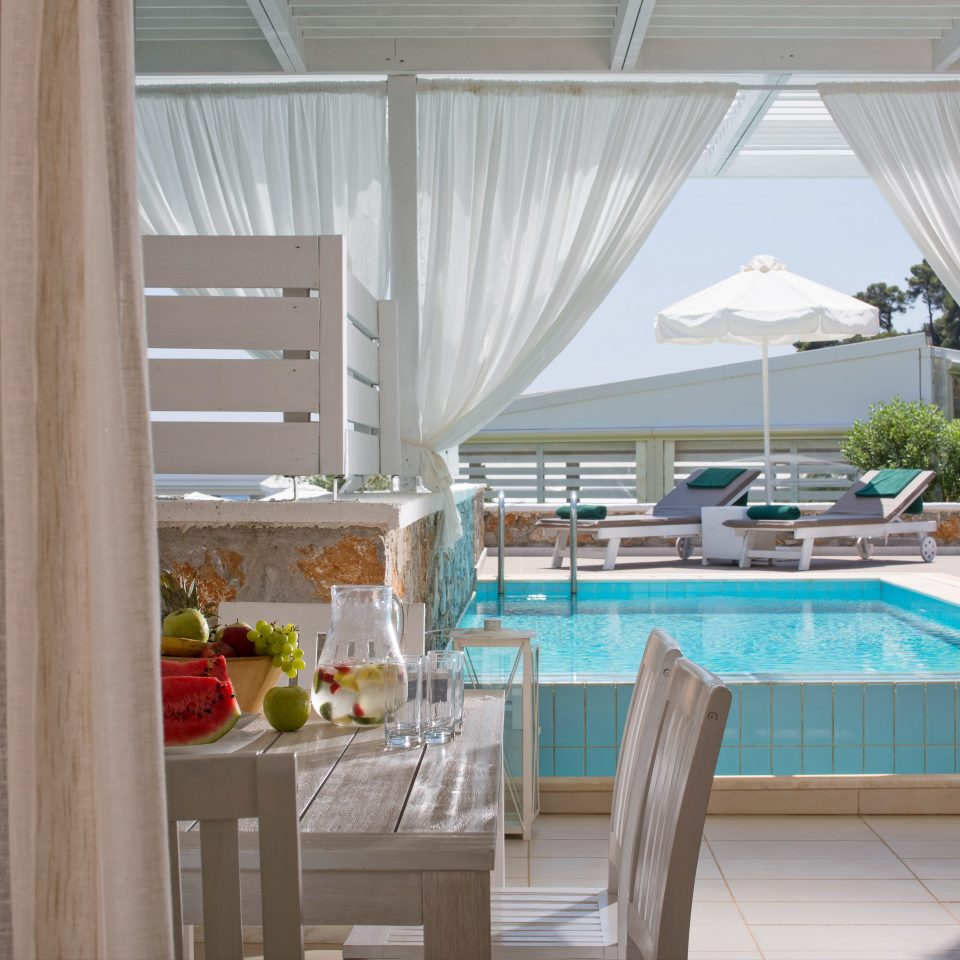 Adult-only Balcony Deck Luxury Pool Scenic views Suite Waterfront curtain chair property house home cottage Resort condominium tub