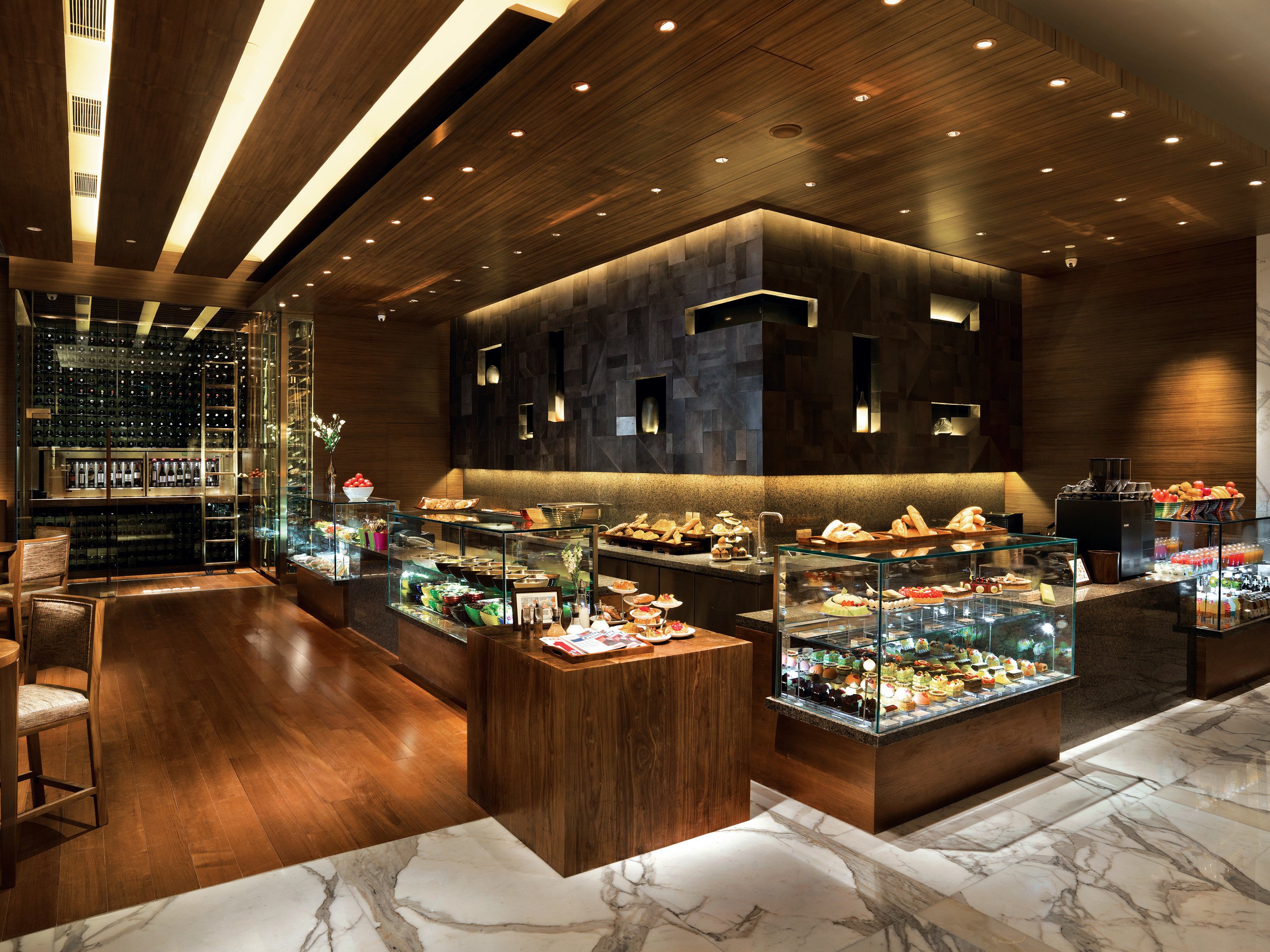 Adult-only Bar Dining Drink Eat Modern Nightlife Lobby recreation room restaurant