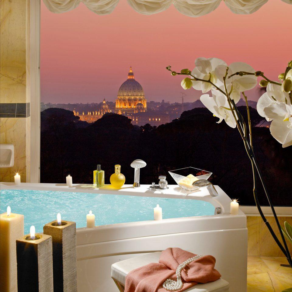 Adult-only Bath City Classic Hot tub Hot tub/Jacuzzi mural living room wallpaper